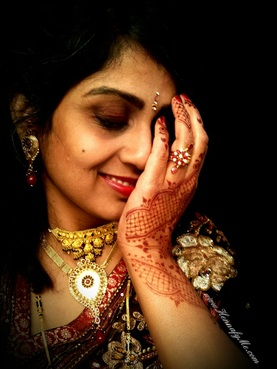 Henna and jewelry - awesome combination